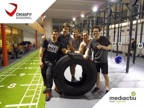CrossFit mediactiu team 500x375 - Team building de Mediactiu en el Box de CrossFit Diagonal