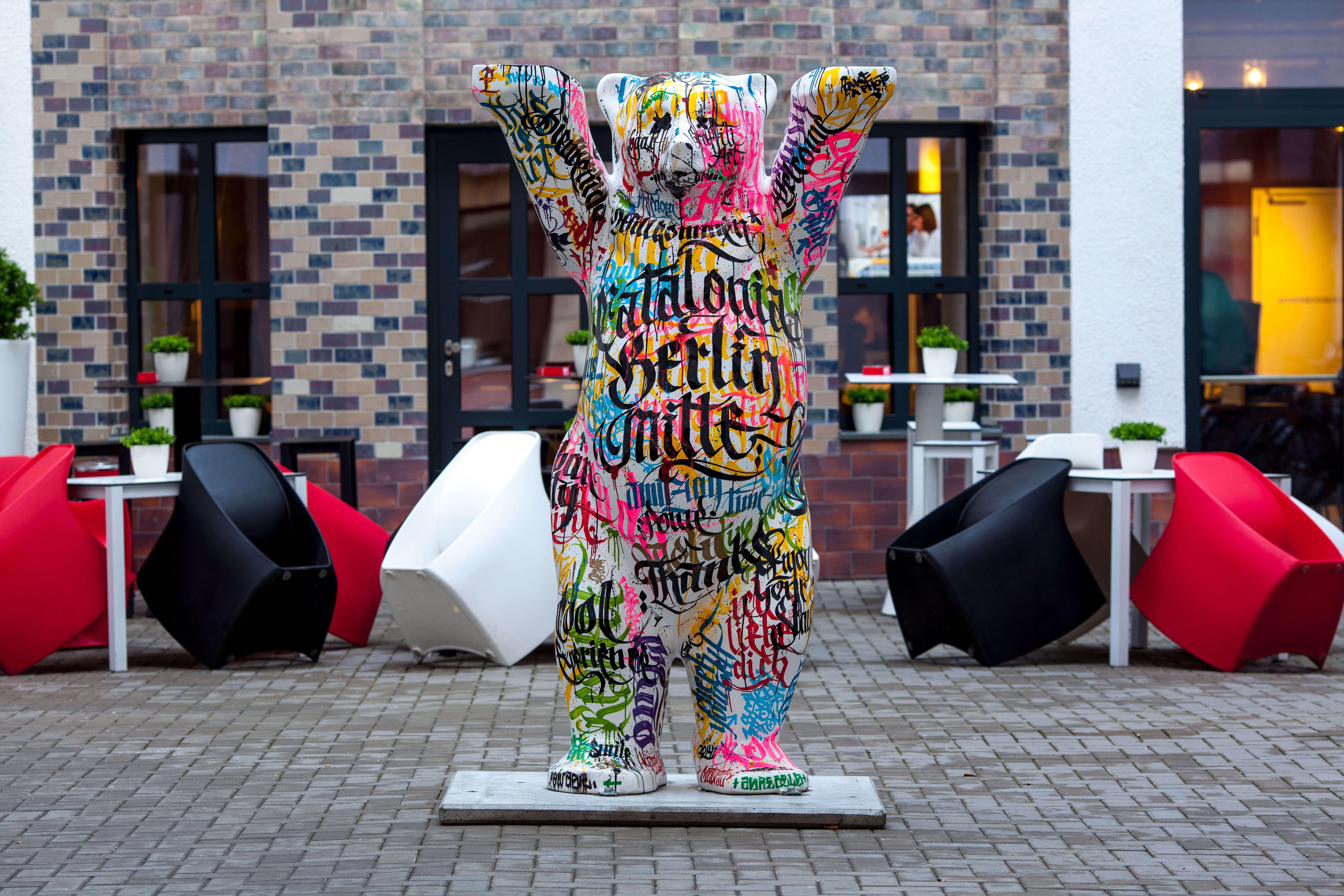 Graphic design Barcelona - Comunicación para el nuevo Hotel Berlin Mitte