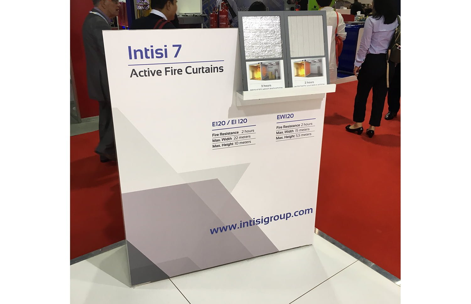 Detalle stand materiales - INTISI, un proyecto global con soluciones a medida
