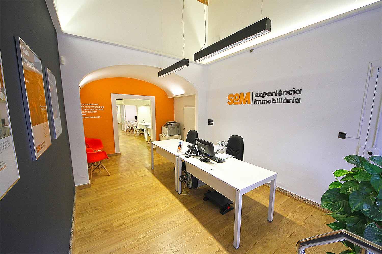 branding logotipo empresa immobiliaria barcelona2 - Proyecto de comunicación, diseño y branding 360º