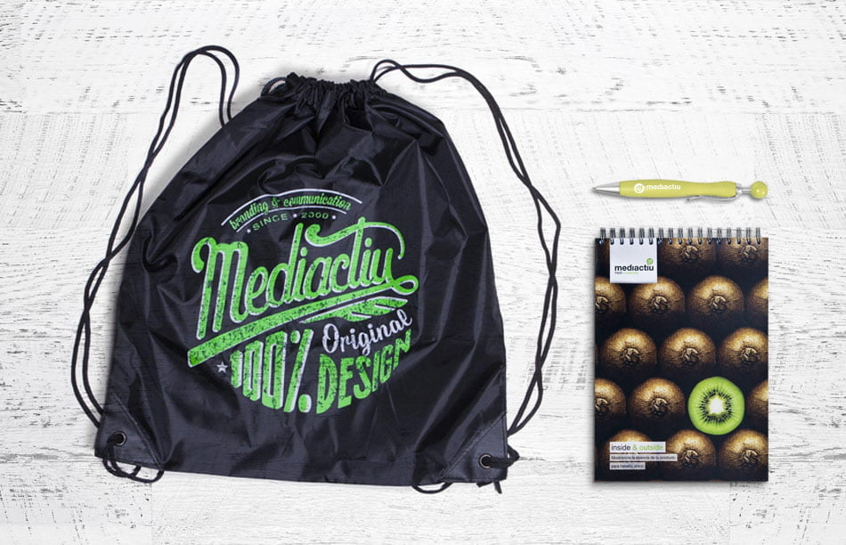 estudi disseny barcelona promocional 1 - Pack 100% Original Design