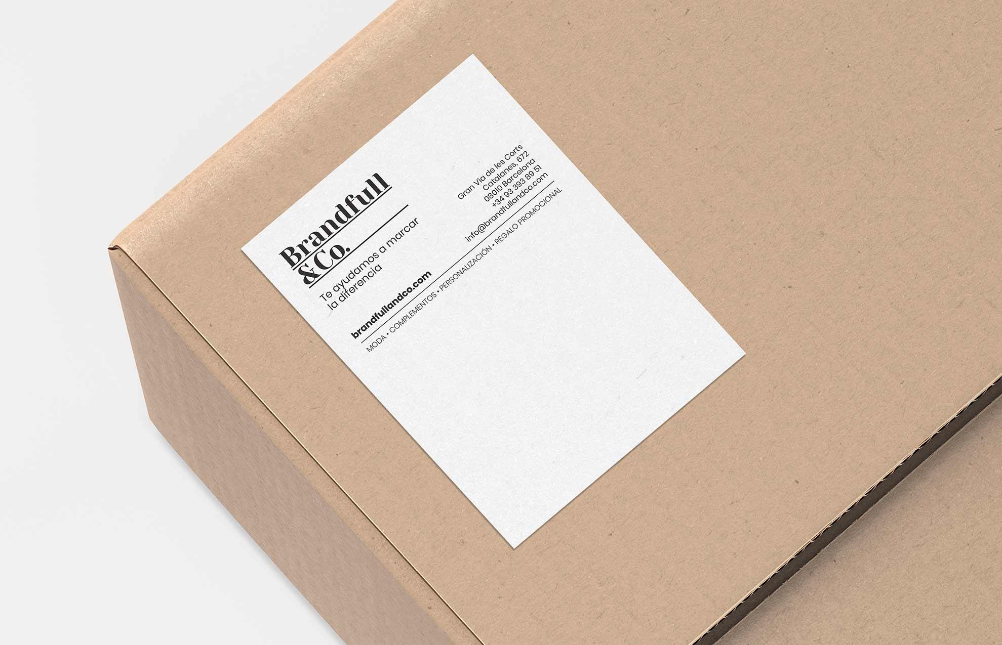 diseno adhesivo empresa ropa - Brandfull&Co, un proyecto integral de diseño