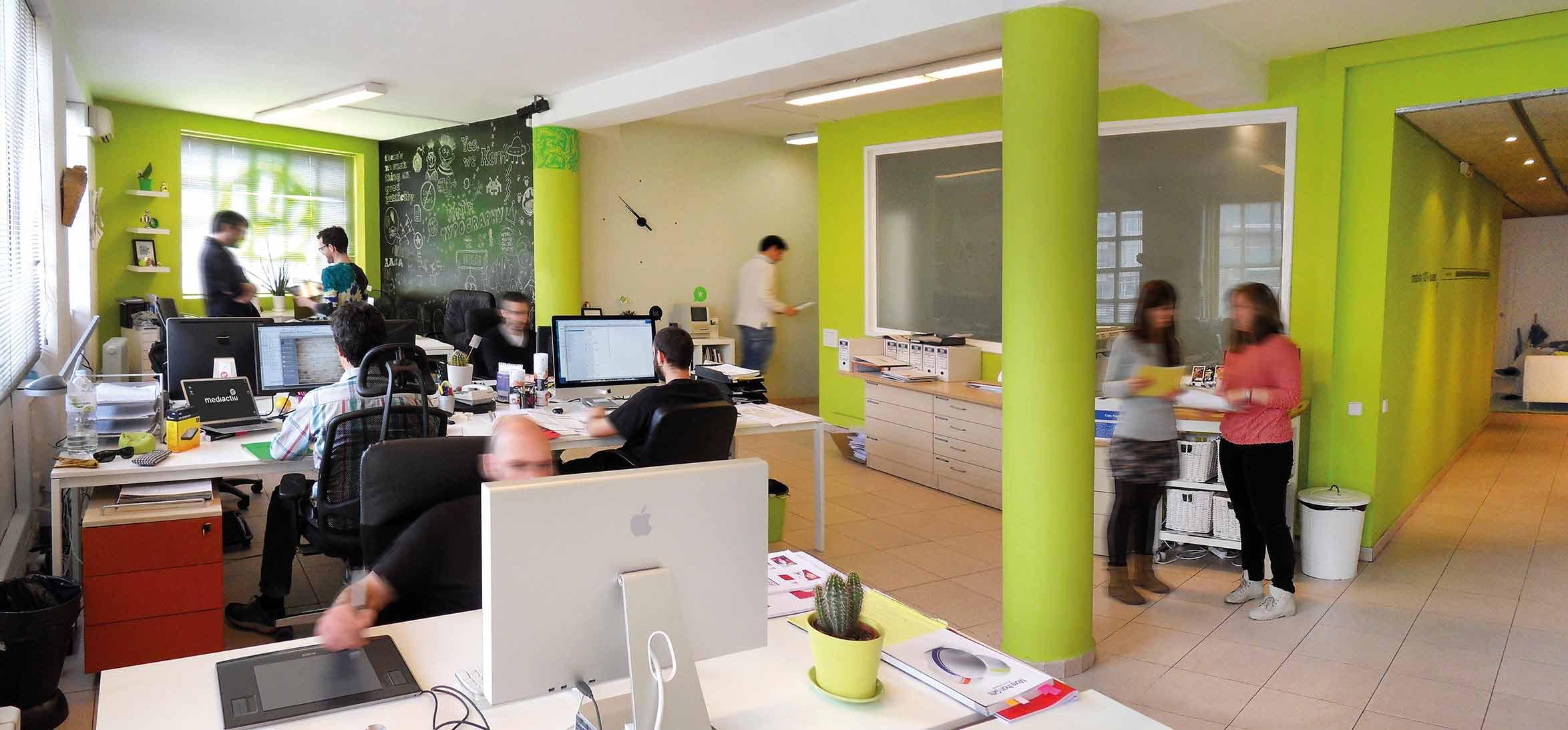estudio de diseno grafico barcelona - Mejorar estrategias comerciales, imagen, comunicación,... para empresas que no disponen de medios