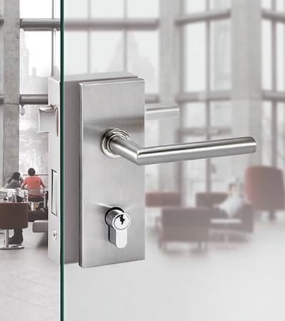 maquetacion catalogo - Diseño de catálogo de cerraduras