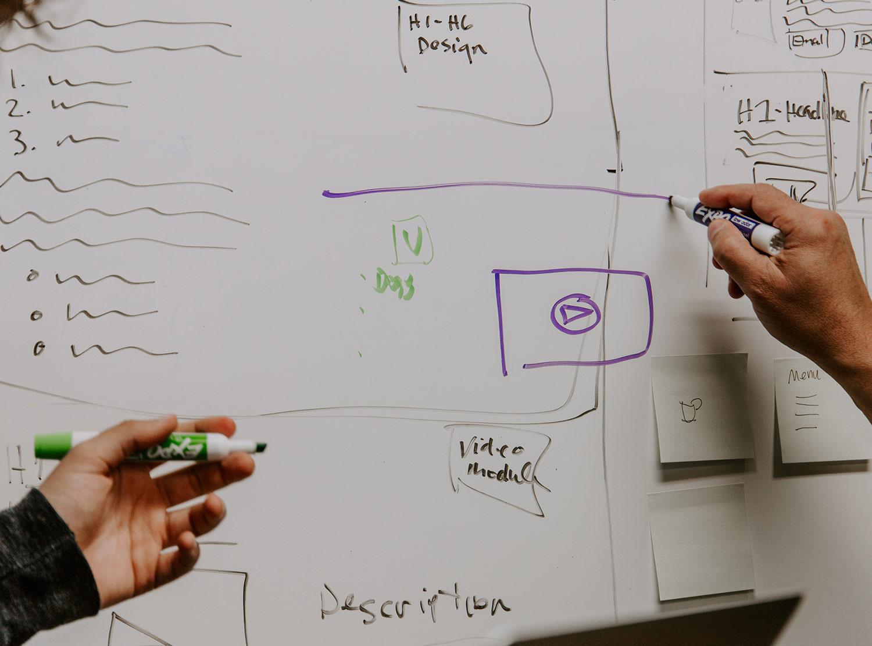 diseno grafico brainstorming barcelona - ¿Por qué necesitas un director de arte en tus proyectos de comunicación?